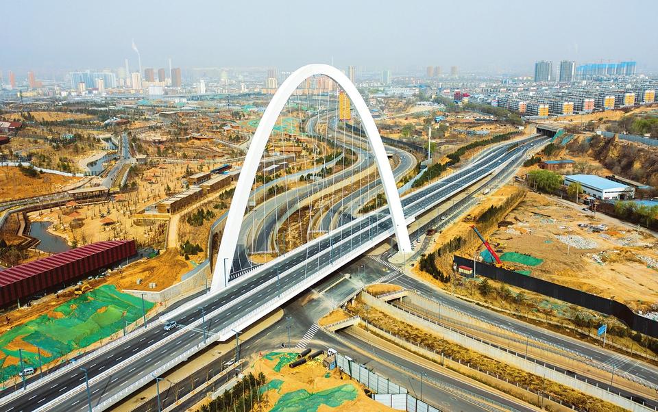 "<a href=""http://4g.tynews.com.cn/system/2021/04/09/030322422.shtml"" >东中环北涧河桥精彩亮相</a>"